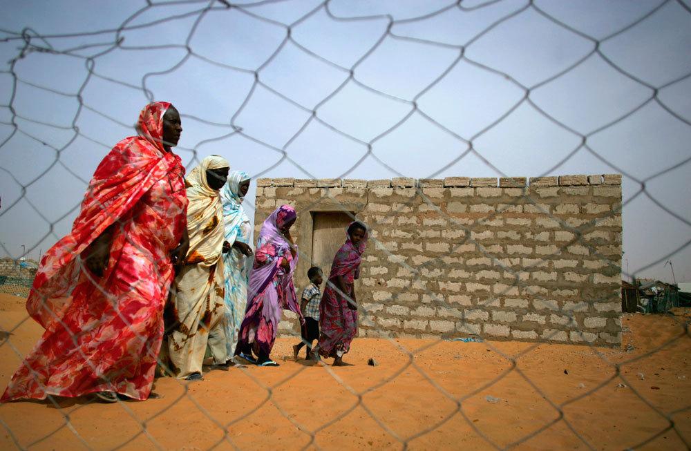 Schiave liberate nei dintorni di Nouakchott, in Mauritania, nel 2006. - Rafael Marchante, Reuters/Contrasto